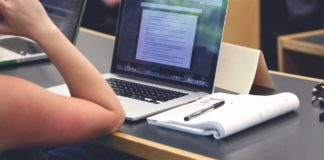 5 ways to use a laptop like a pro student